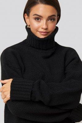 AFJ x NA-KD AFJ x NA-KD Folded Sleeve Oversize Sweater - Black