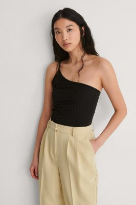 NA-KD Party NA-KD Party One-Shoulder Top Met Ruches - Black