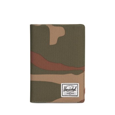 Herschel Supply Co. Herschel Supply Co. Raynor Passport Holder Woodland Camo