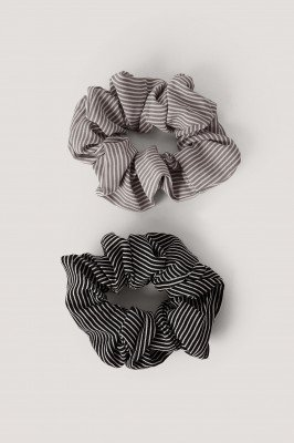 NA-KD Accessories 2-Pack Scrunchies Met Smalle Strepen - Multicolor