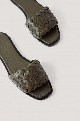NA-KD Shoes Gevlochten Leren Instappers - Green