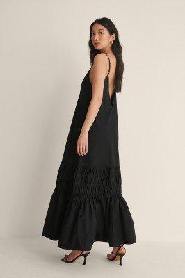 Curated Styles Curated Styles Verzameld Maxi-jurk Met Diepe Rug - Black