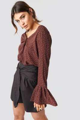 Milena Karl x NA-KD Flared Cuff Dot Blouse - Brown