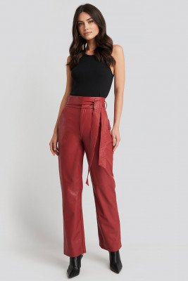 NA-KD Party NA-KD Party Faux Leather Belted Straight Leg Pants - Red