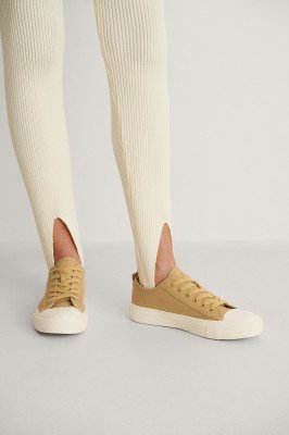 NA-KD Shoes NA-KD Shoes Lage Sneakers Met Kant Aan De Bovenkant - Yellow