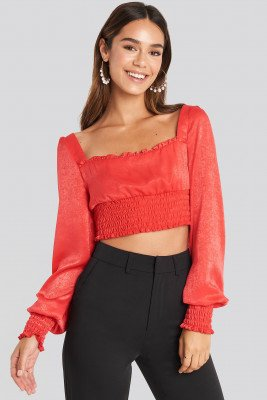 Chloé B x NA-KD Cropped Ruffle Top - Red