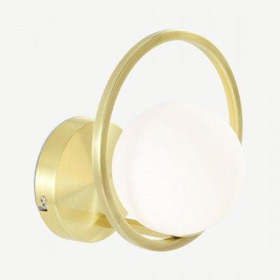 MADE.COM Remi wandlamp, geborsteld messing en wit opaalglas