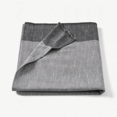 MADE.COM Soedahl Colour Block tafelkleed van 100% katoen, 140 x 220 cm, grijs