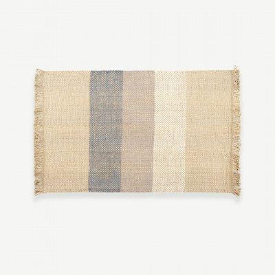 MADE.COM Varzea juten en wollen vloerkleed, 140 x 200cm, lichtbeige en blauw