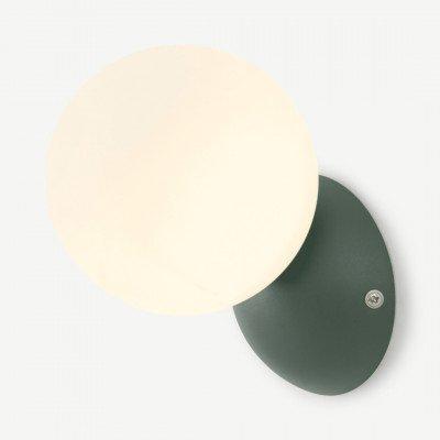MADE.COM Vetro wandlamp, pauwgroen en opaalglas