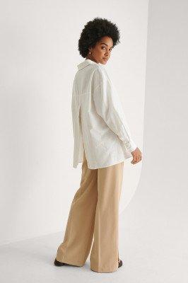 Khaoula x NA-KD Khaoula x NA-KD Split Detail Aan De Achterkant Shirt - White