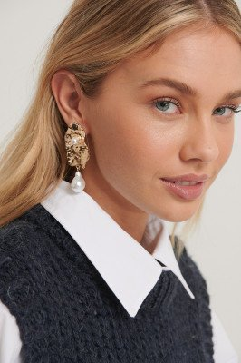 NA-KD Accessories Hangende Pareloorbellen - Gold