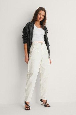 NA-KD Trend NA-KD Trend Jeans Met Plooien Op De Voorkant - White