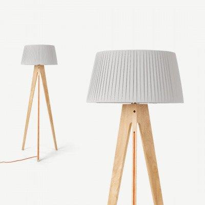 MADE.COM Miller driepoot staande lamp, naturel hout en oranje
