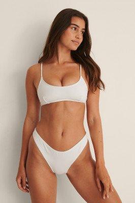 NA-KD Swimwear NA-KD Swimwear Hoog Uitgesneden Broekje - White