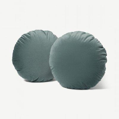 MADE.COM Julius set van 2 ronde kussens, 55 x 20 cm, leisteenblauw fluweel