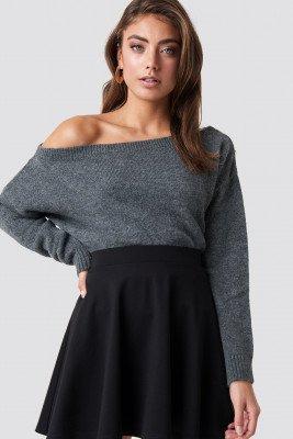 Pamela x NA-KD Pamela x NA-KD Off Shoulder Knitted Sweater - Grey