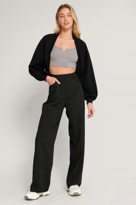 NA-KD Reborn NA-KD Reborn Organisch Cropped Sweater - Black