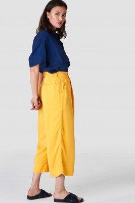 Kings of indigo Kings of Indigo - RAPUNZEL CROPPED pants Female - Yellow