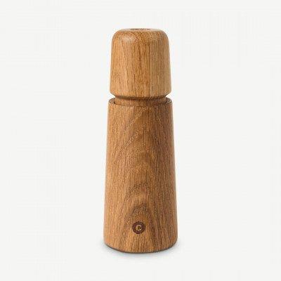 MADE.COM CrushGrind peper- of zoutmolen, 17 cm, eiken
