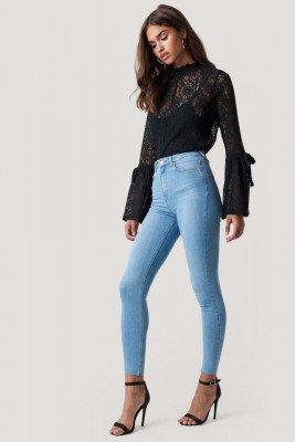 NA-KD NA-KD Skinny High Waist Raw Hem Jeans - Blue
