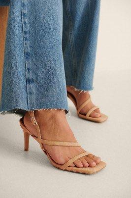 NA-KD Shoes NA-KD Shoes Hakken Van Imitatiesuède Met Bandjes - Beige