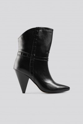Trendyol Trendyol Cone Heel Boots - Black