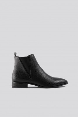 NA-KD Shoes NA-KD Shoes Low Pointy Chelsea Boots - Black