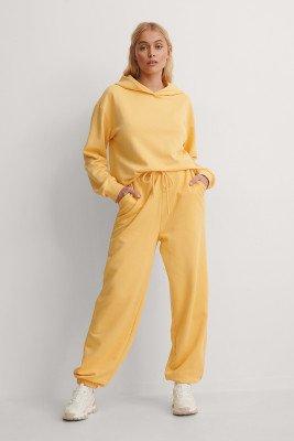 NA-KD Trend NA-KD Trend Organisch Joggingbroek - Yellow