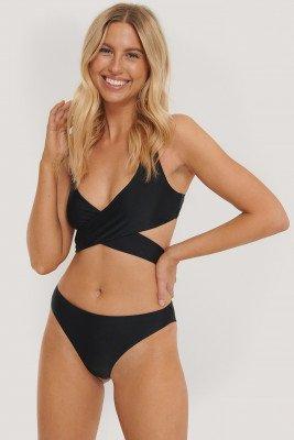 NA-KD Swimwear NA-KD Swimwear V-String Bikinibroekje - Black