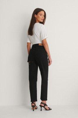 NA-KD Trend NA-KD Trend Mom Jeans Met Uitgesneden Achterkant - Black
