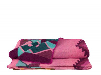Alpaca Loca Native Plaid Pink