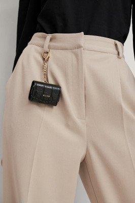 NA-KD Accessories NA-KD Accessories Croc AirPod Attachment Case - Black