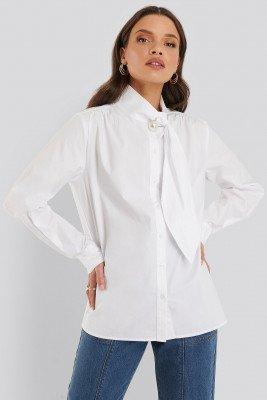 NA-KD Classic NA-KD Classic Katoenen Shirt Met Pareldetail - White