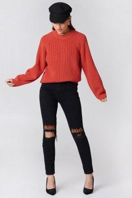 NA-KD NA-KD Ripped Knee Flame Embroidery Jeans - Black