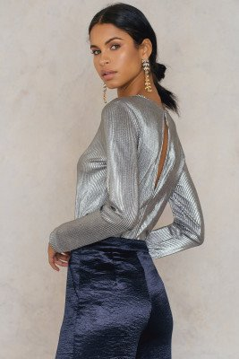 NA-KD Party Pleated Round Neck Open Back Top - Silver