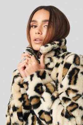 Rut&Circle Rut&Circle Nova Short Faux Fur Jacket - Beige