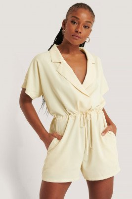 NA-KD NA-KD Playsuit Met Knoop In De Taille - White