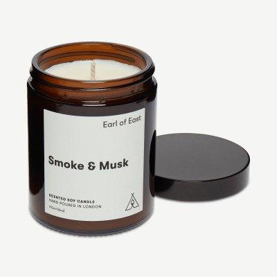 MADE.COM Earl of East Smoke & Musk kaars