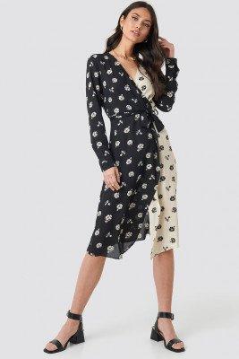 NA-KD Trend Black White Flower Print Dress - Black