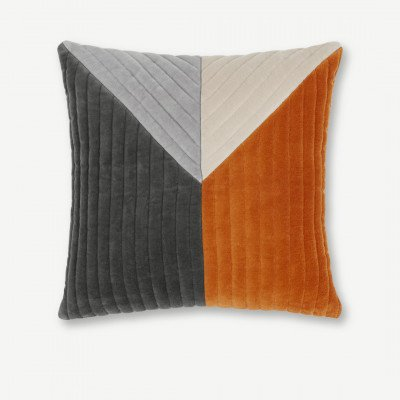 MADE.COM Balico kussen, 45 x 45 cm, gebrand oranje fluweel