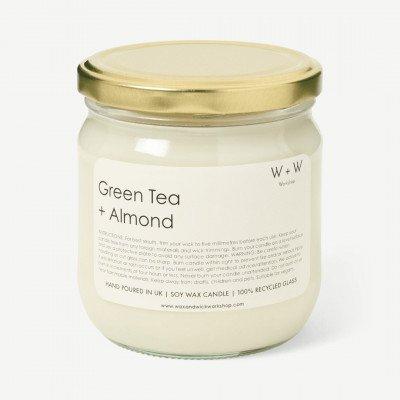 MADE.COM Wax + Wick wilde groene thee en amandel kaars