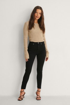 NA-KD NA-KD Skinny Petite Jeans Met Hoge Taille En Ruwe Zoom - Black
