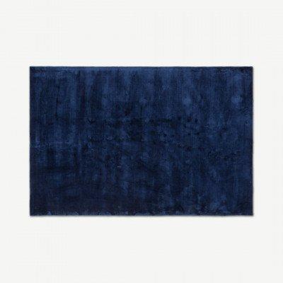 MADE.COM Merkoya luxe viscose vloerkleed 160 x 230cm, middernachtblauw