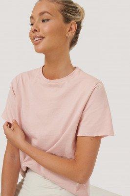 NA-KD Reborn NA-KD Reborn Organisch T-shirt Met Ruwe Zoom - Pink