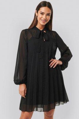 NA-KD NA-KD Tie Neck Pleated Mini Dress - Black