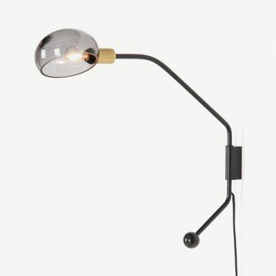 MADE.COM Tangle wandlamp, mat zwart, antiek messing en rookglas