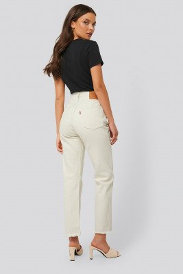 Levi's Cropped Jeans - Beige