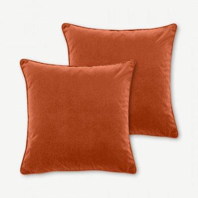 MADE.COM Julius set van 2 fluwelen kussens, 45 x 45cm, gebrand oranje