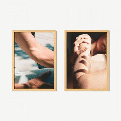 MADE.COM MEP Studio Please, stay, set van 2 ingelijste prints, door Karla Hiraldo Voleau, A3